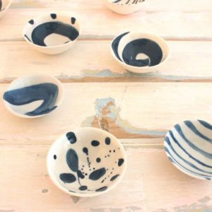 cobalt_pinch_pots_pinky_and_maurice_ceramics